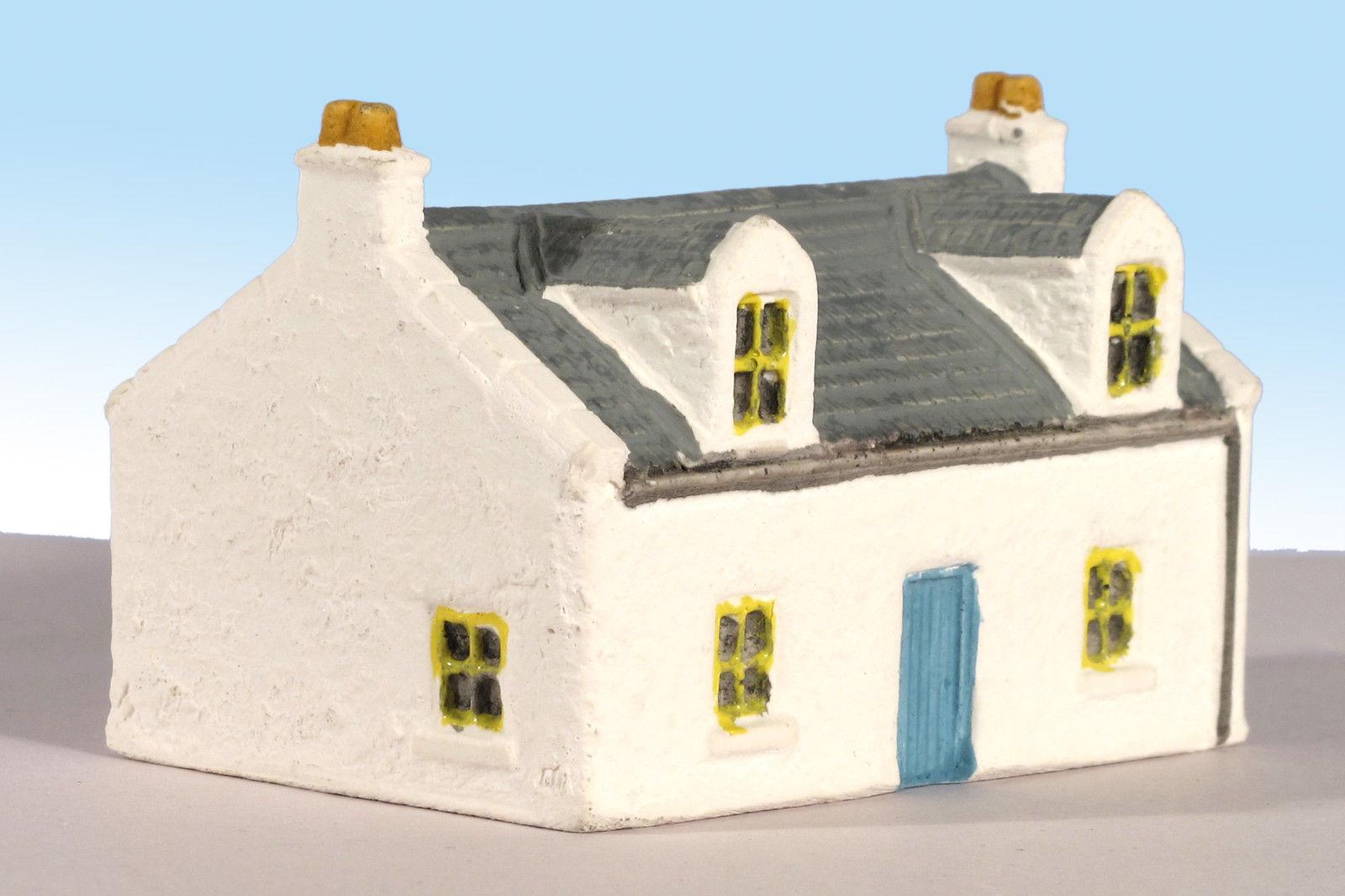 Harburn Hamlet HN612 Country Cottage with Dormer Windows Grey Roof 'N'  Gauge New